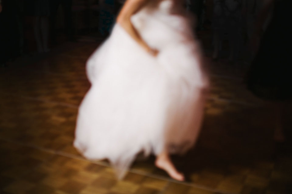 blurry bride feet