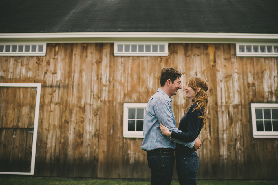 barn wedding photographer alexandra roberts