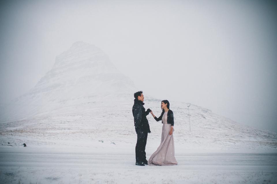 Grundarfjörður wedding photographer Kirkjufell