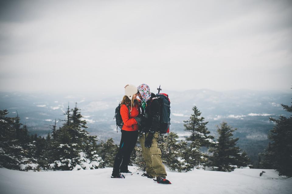 mt kearsarge hiking engagement session