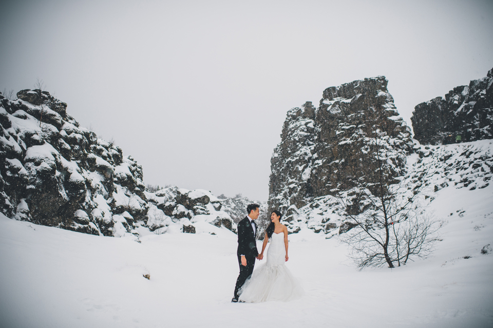 icelandic winter wedding photographer alexandra roberts