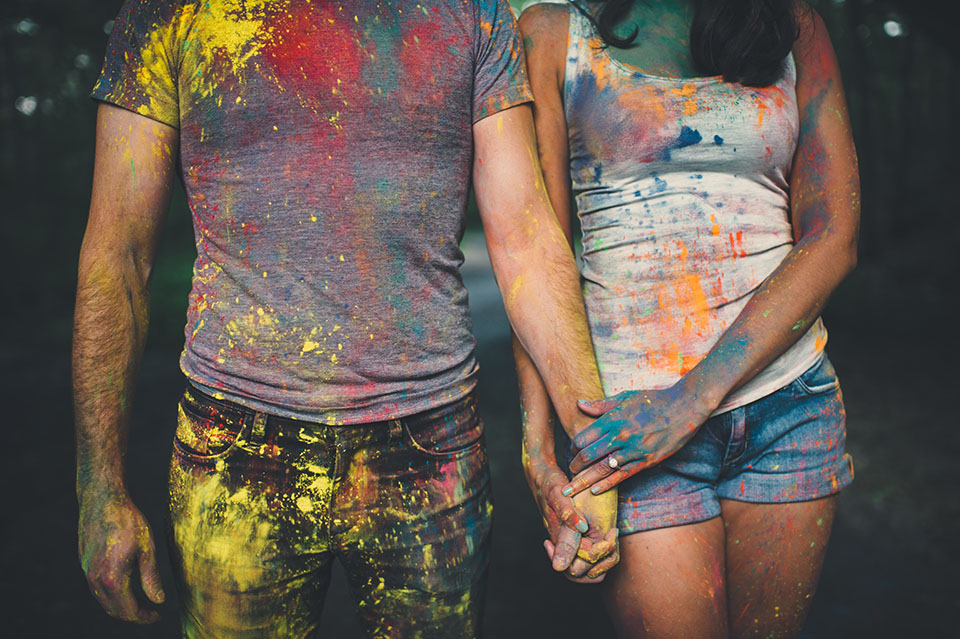 holi powder engagement photos