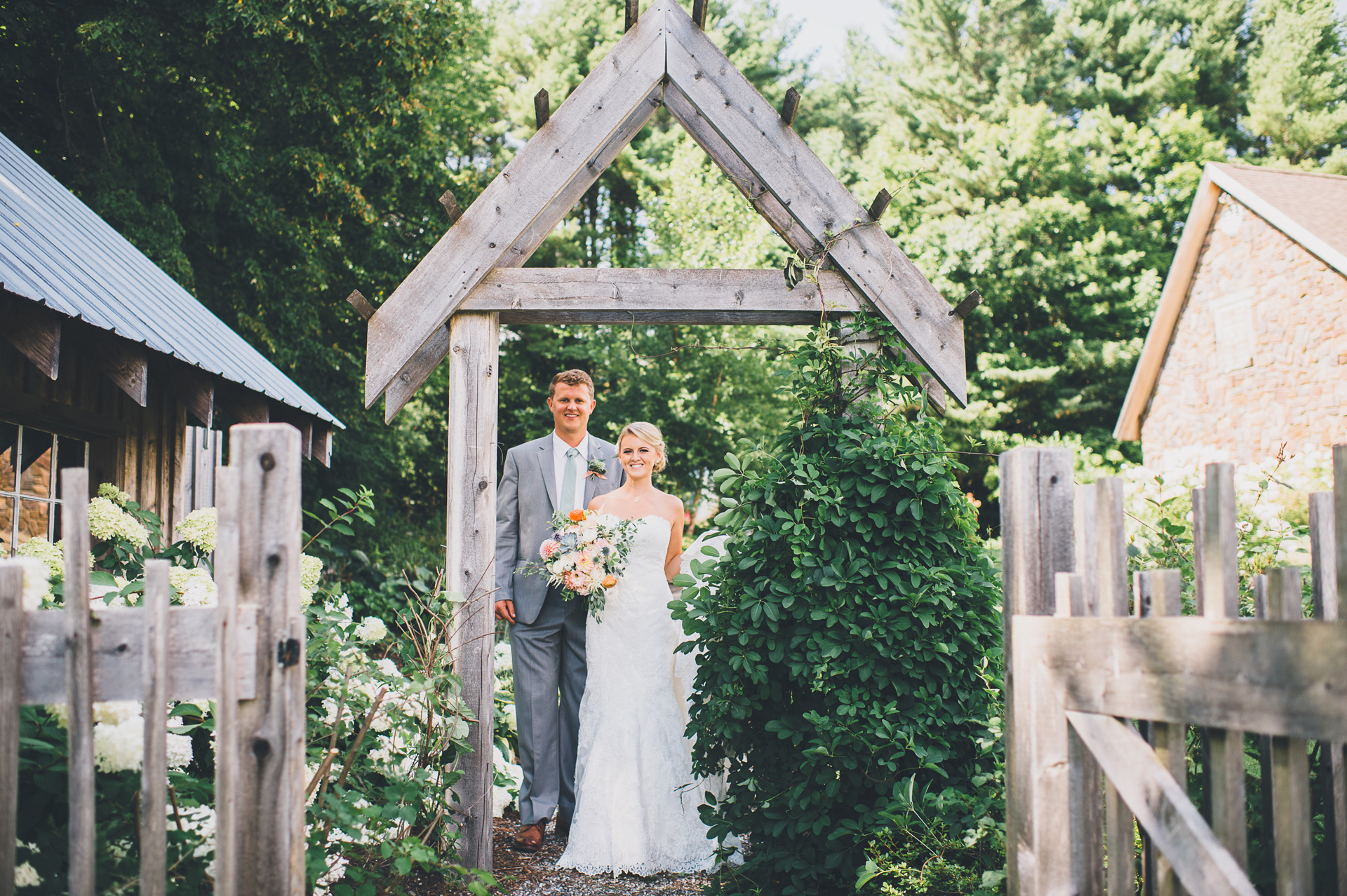 mainemade-farm-wedding-16