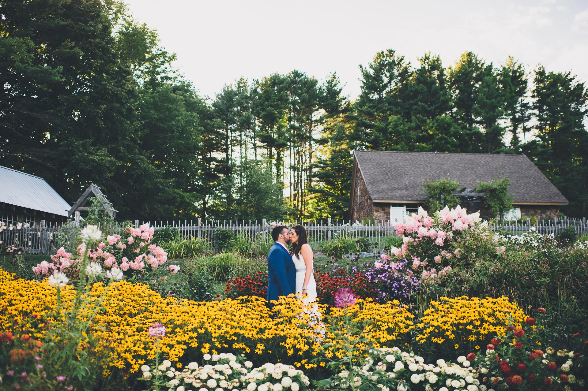 marianmade-farm-wedding-043