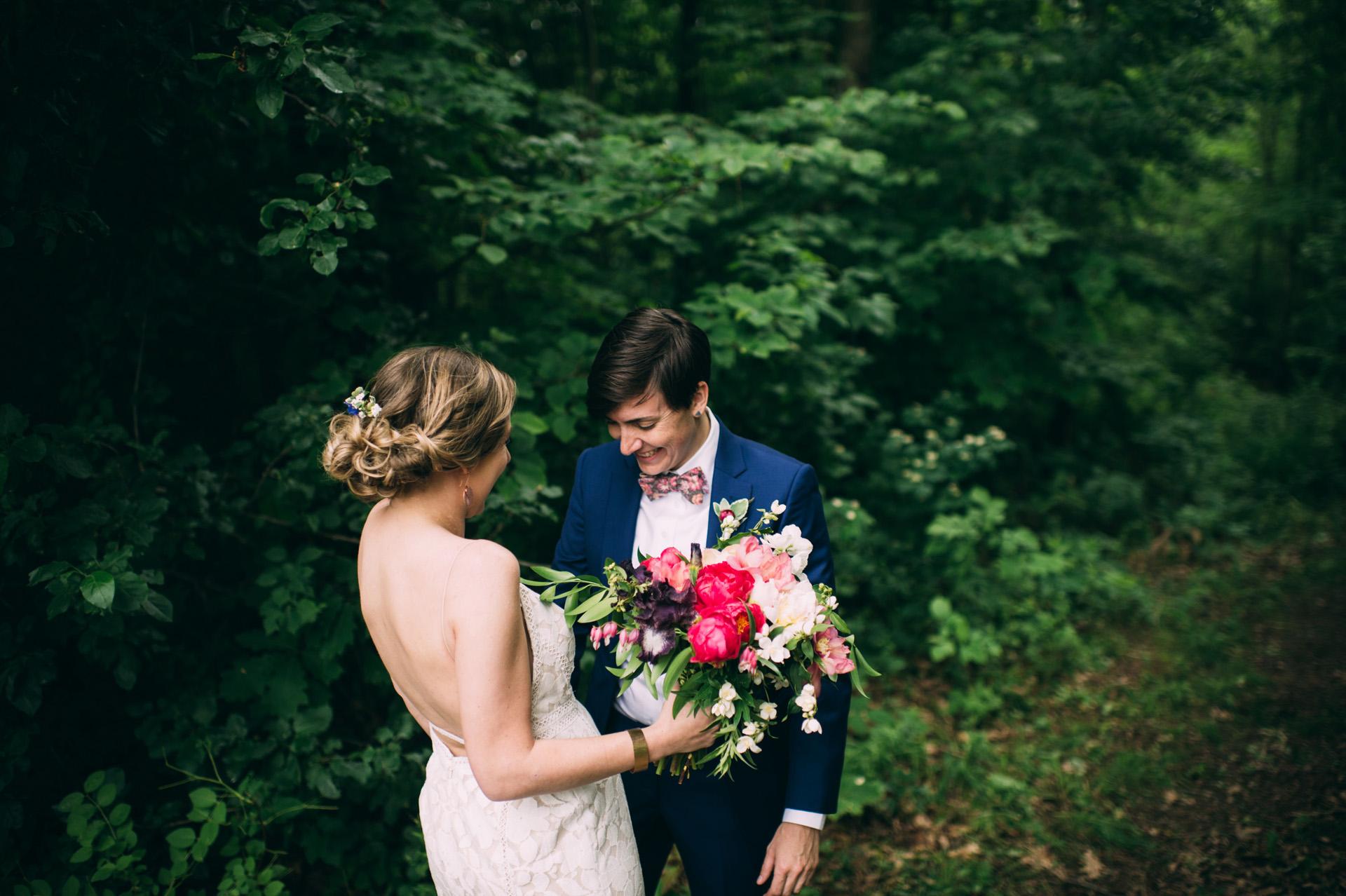 broadturn-farm-wedding-17