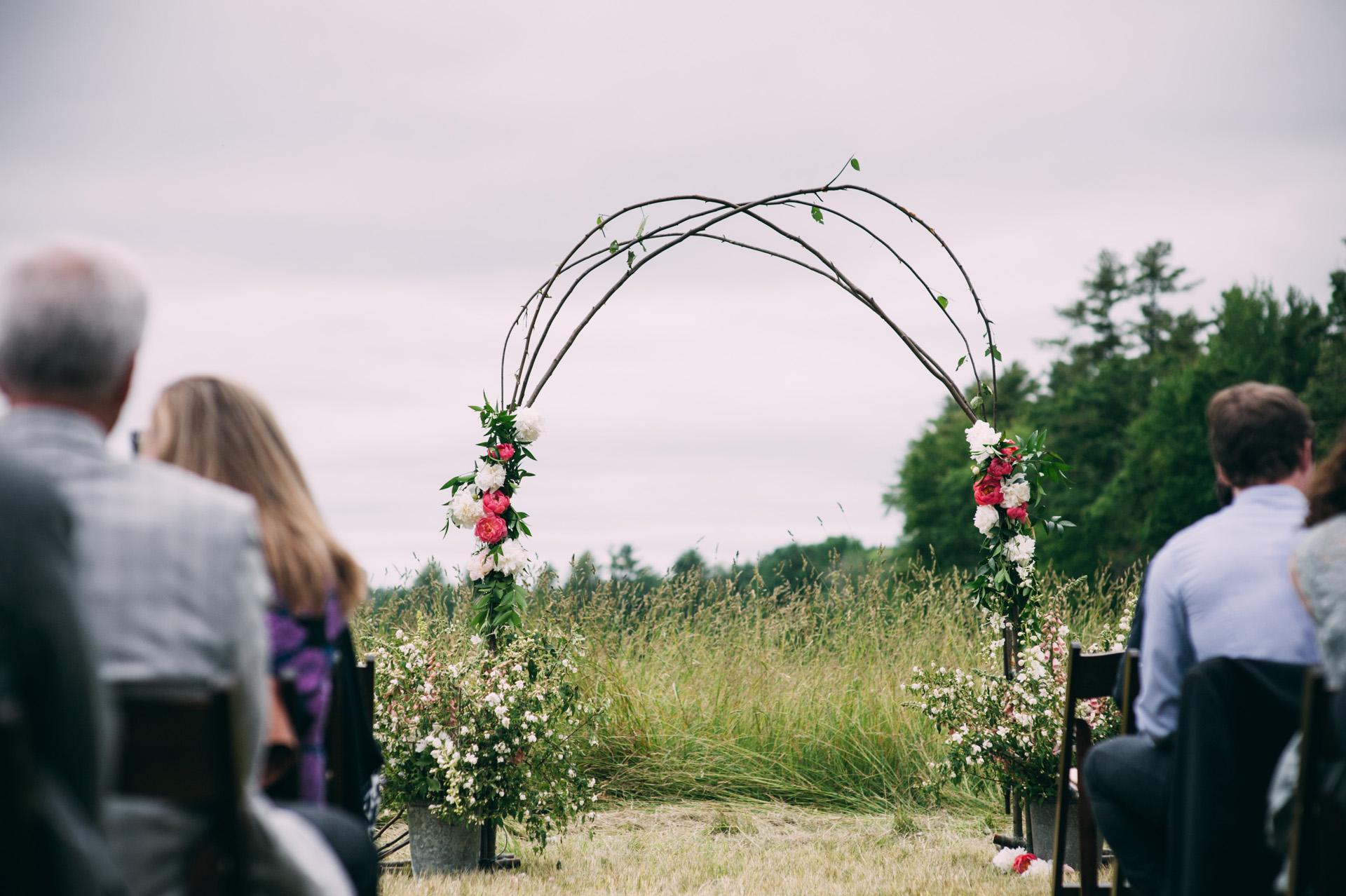 broadturn-farm-wedding-32