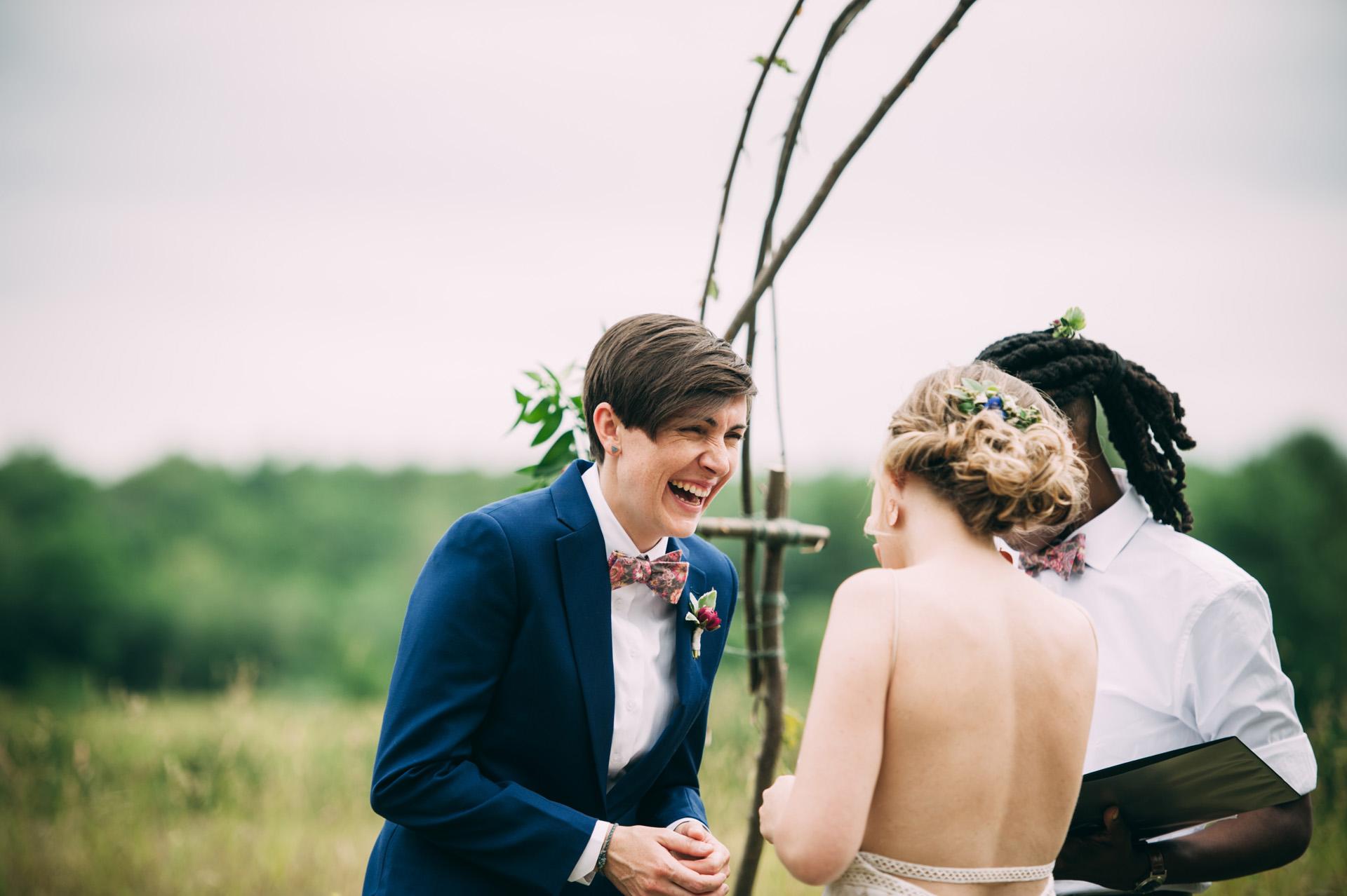 broadturn-farm-wedding-43