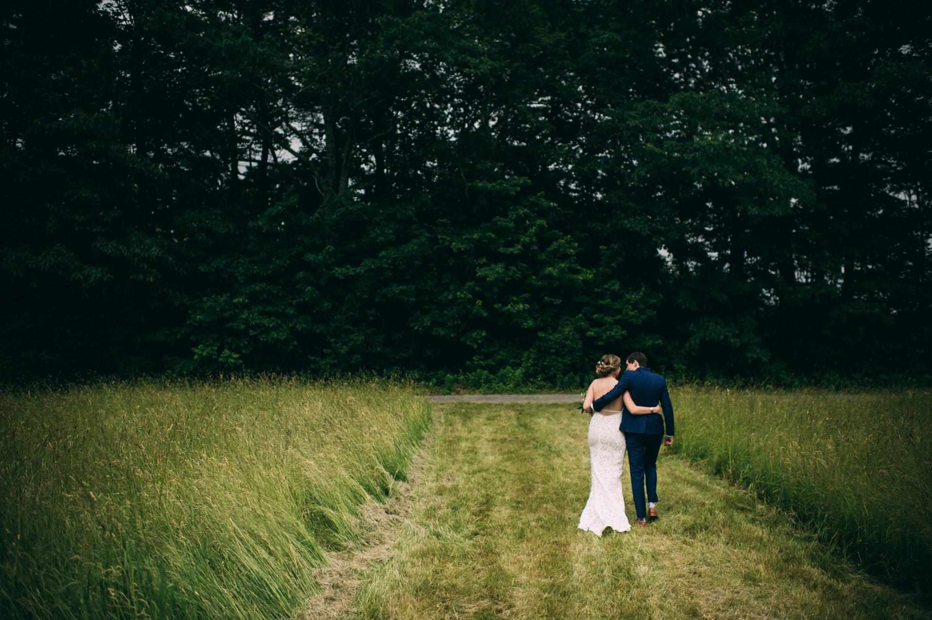 broadturn-farm-wedding-46