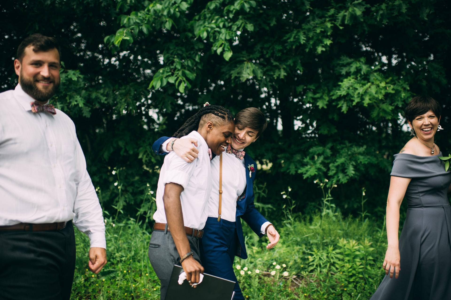 broadturn-farm-wedding-47
