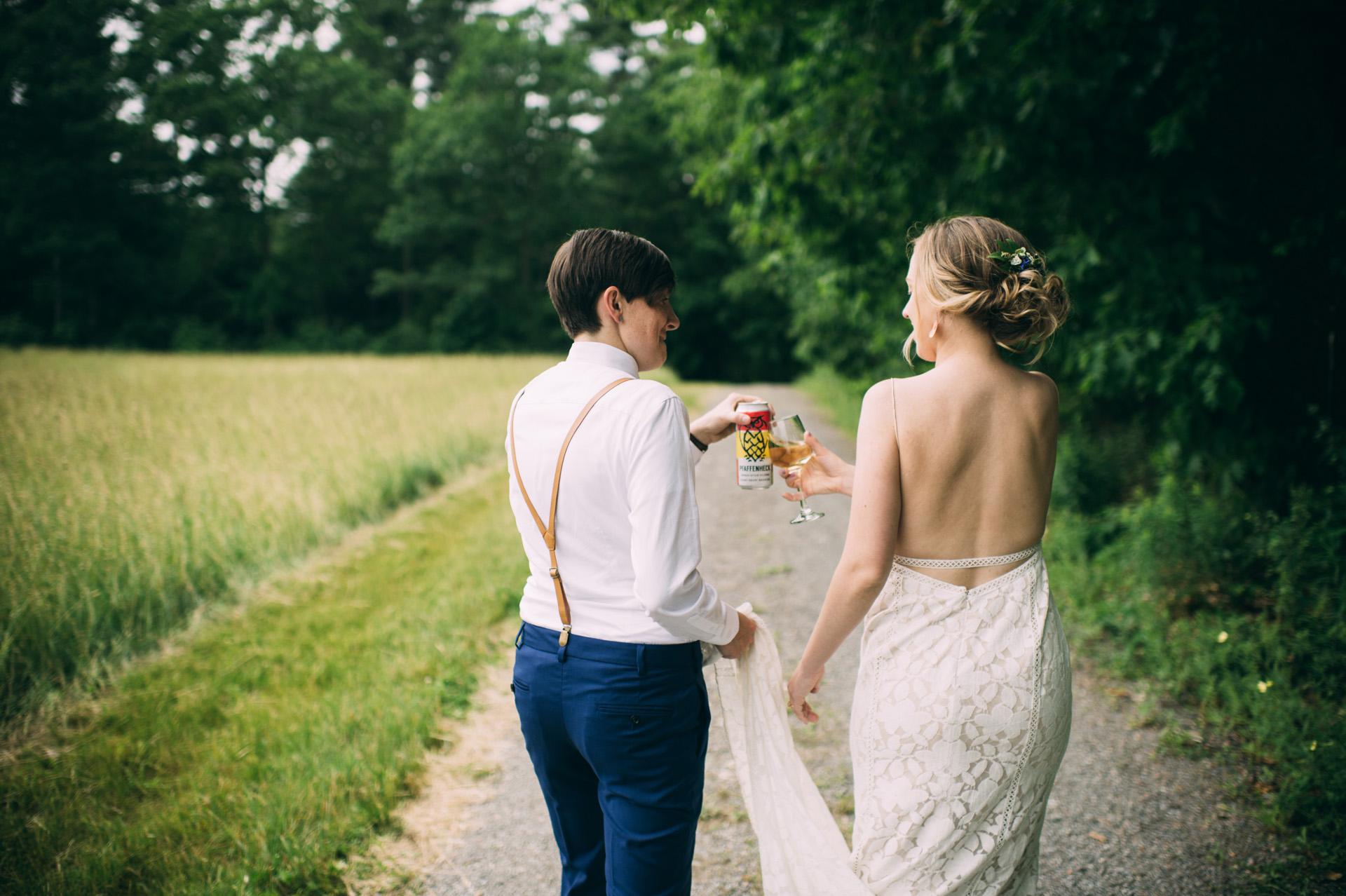 broadturn-farm-wedding-58
