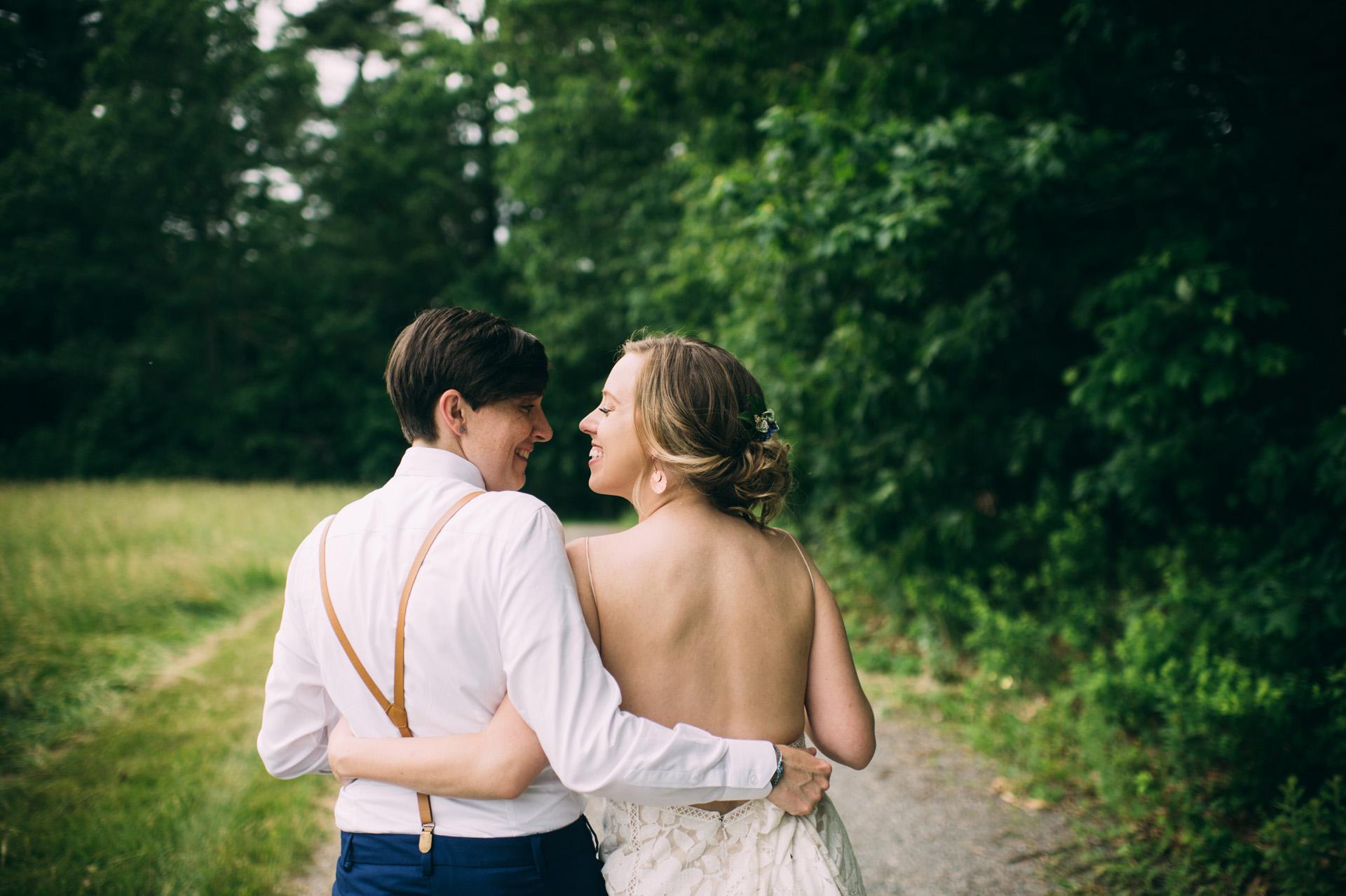 broadturn-farm-wedding-59