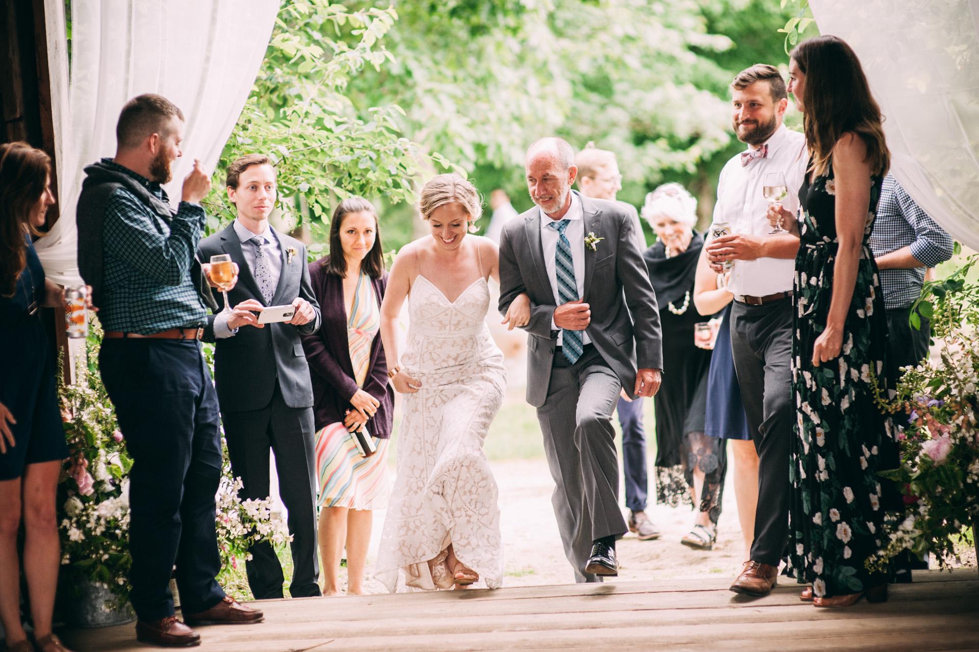 broadturn-farm-wedding-75
