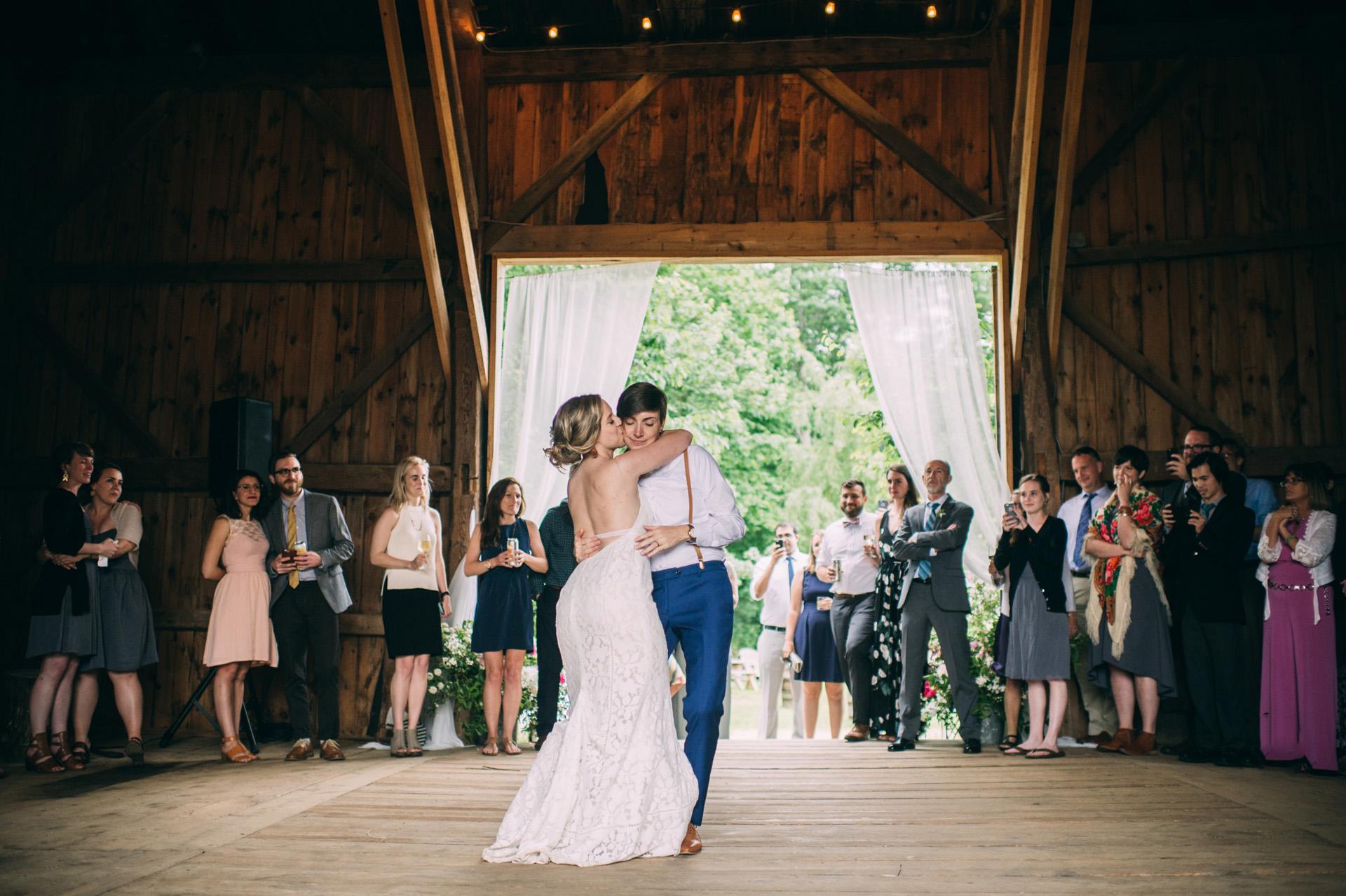 broadturn-farm-wedding-78