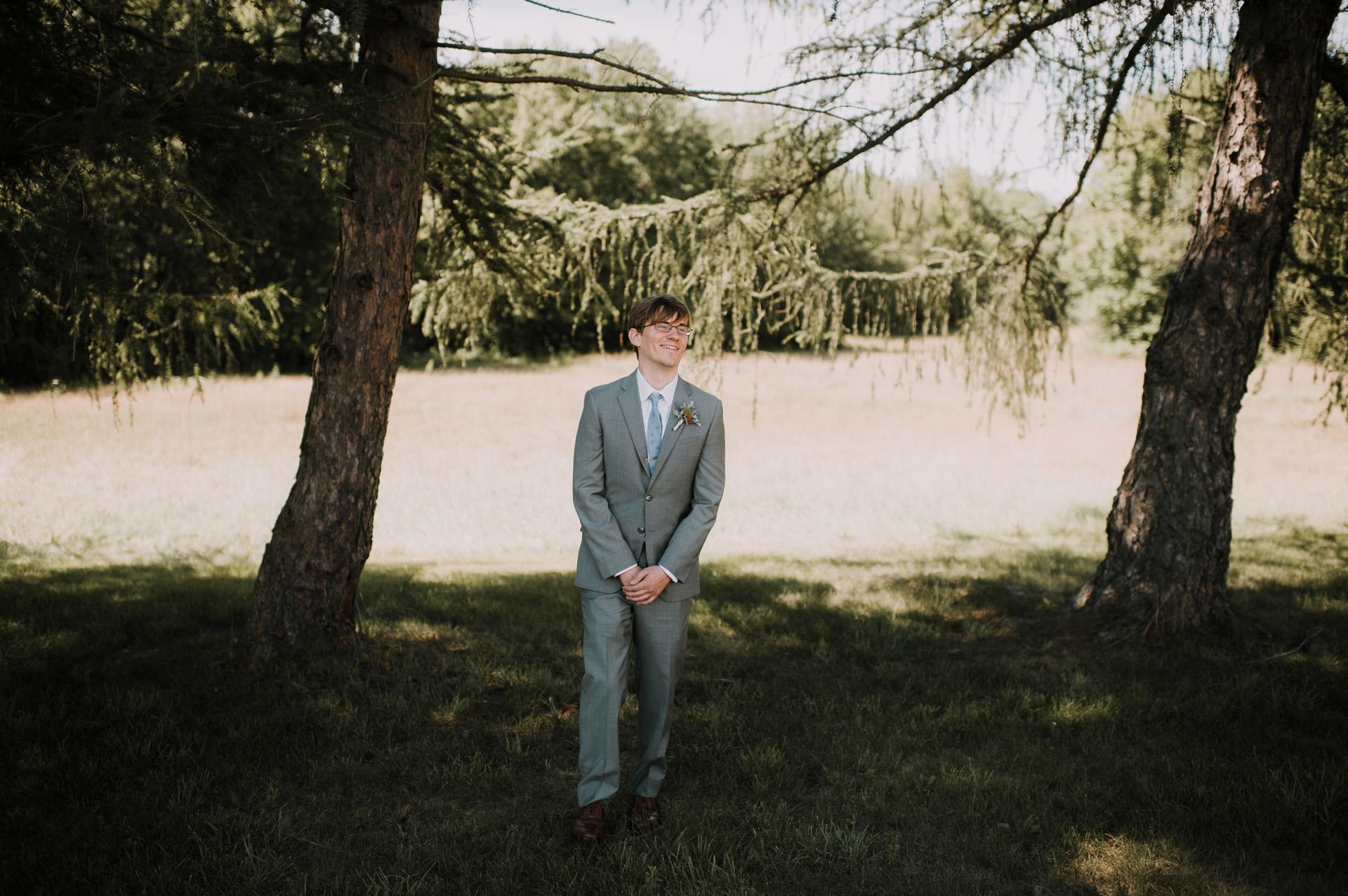 red-barn-hampshire-wedding-16