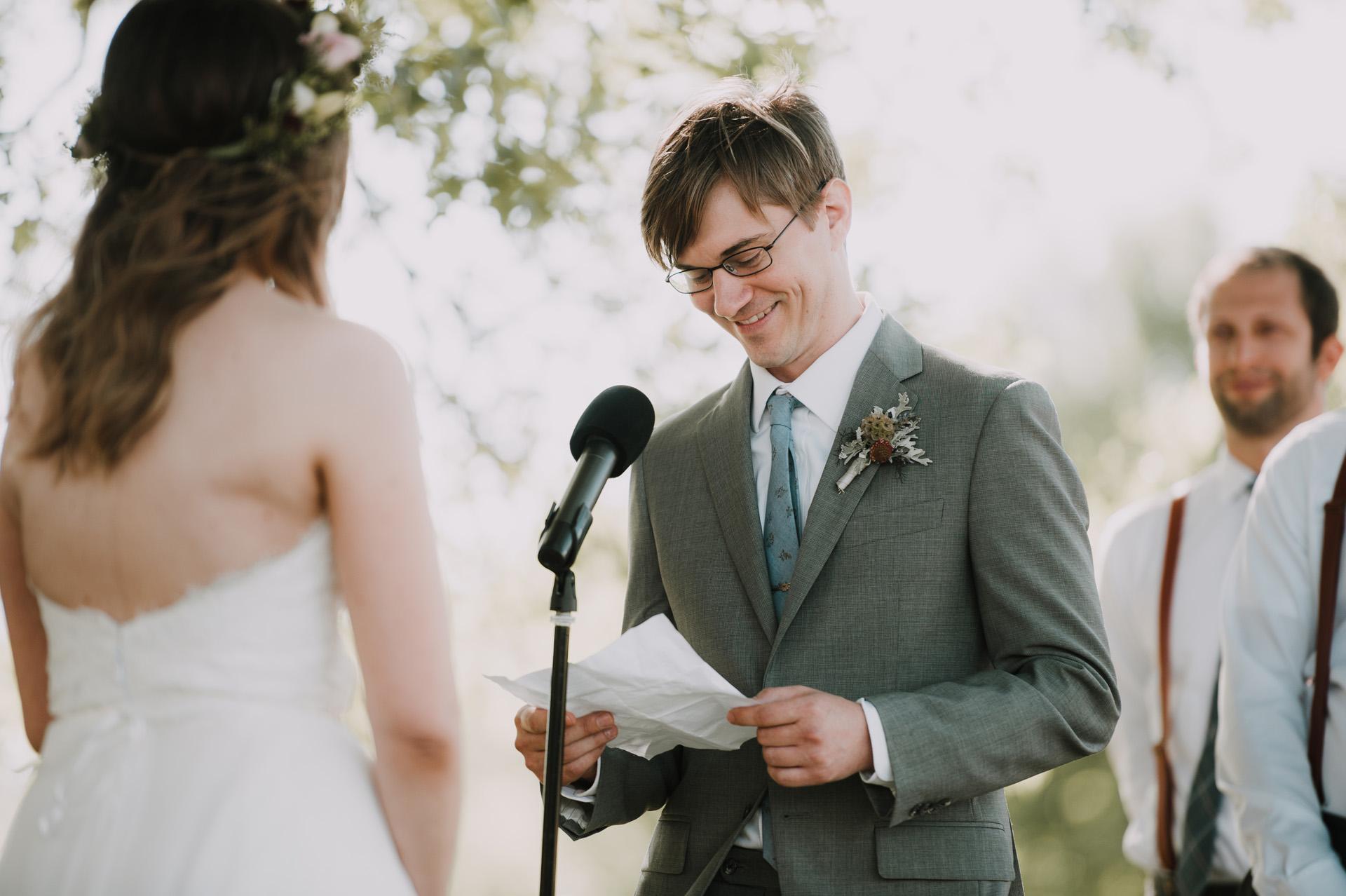 red-barn-hampshire-wedding-42
