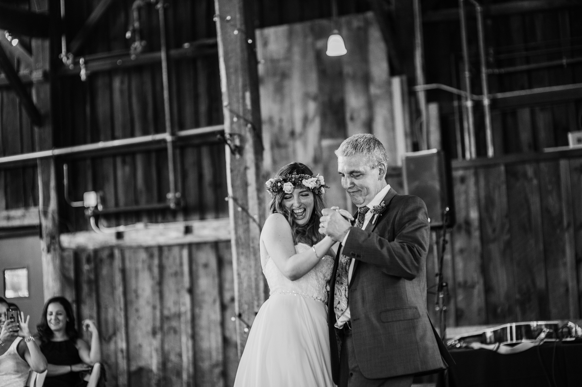 red-barn-hampshire-wedding-56