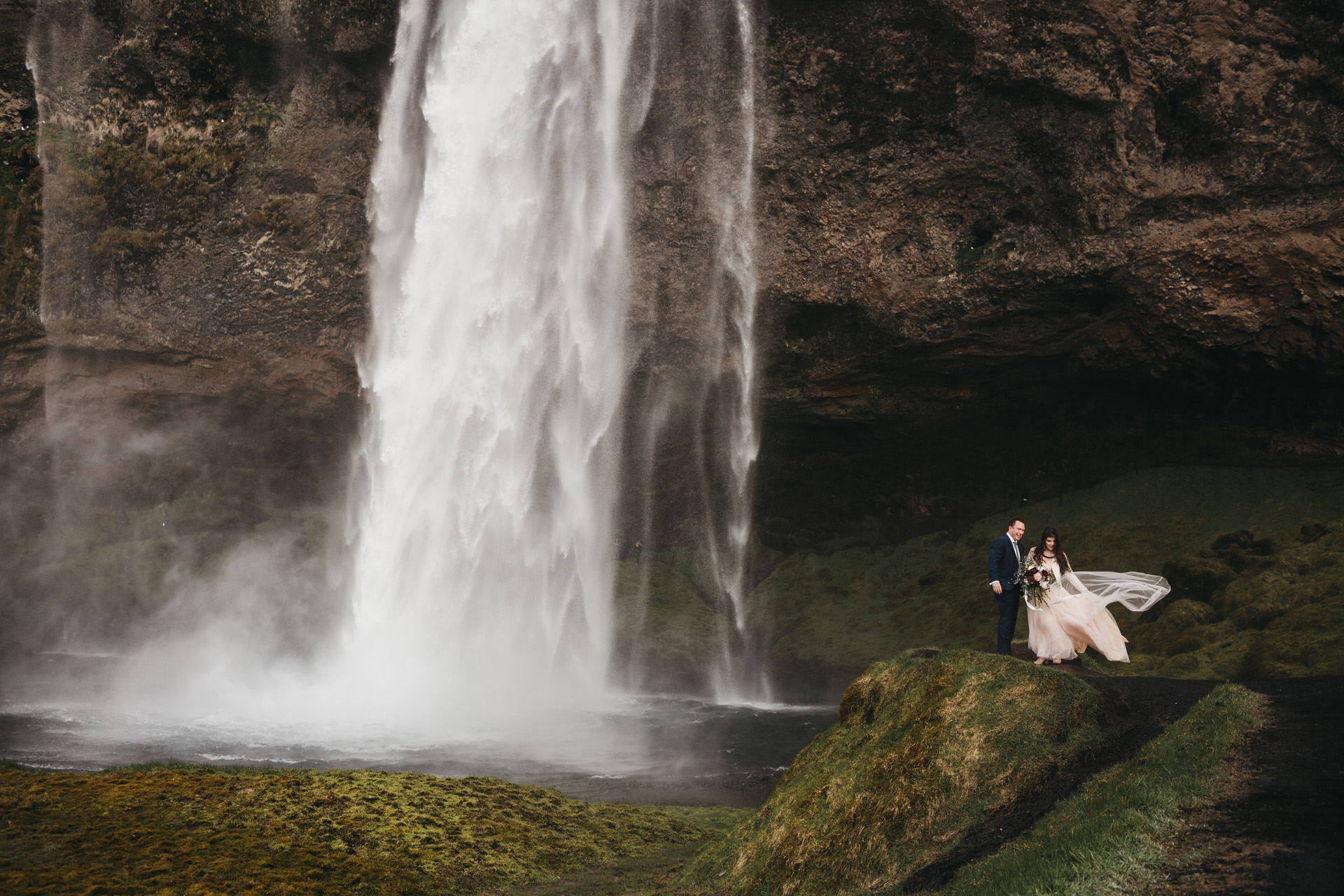 iceland-elopement-photographer-35