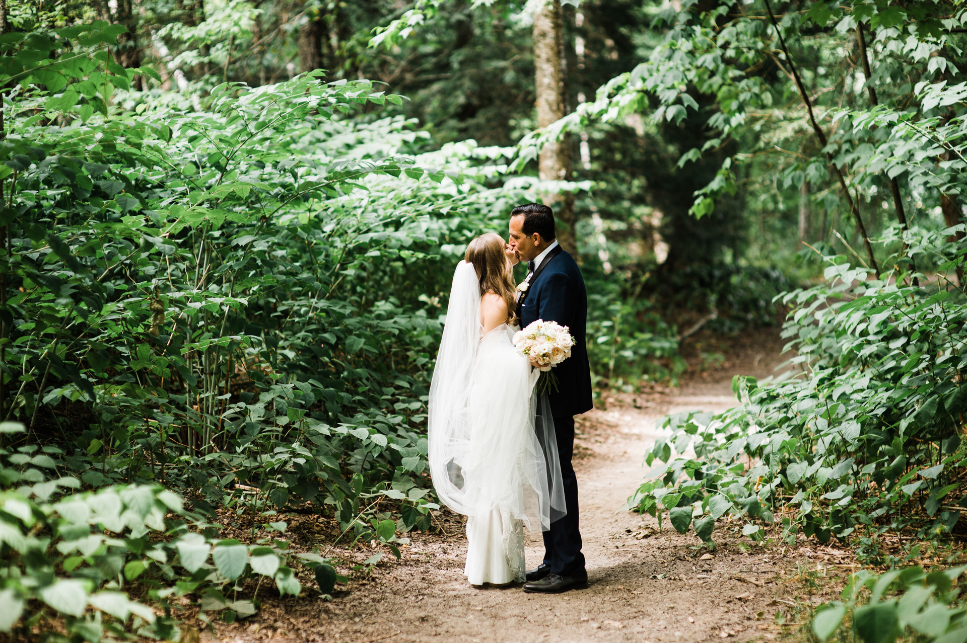 topnotch-vermont-wedding-photographer-22