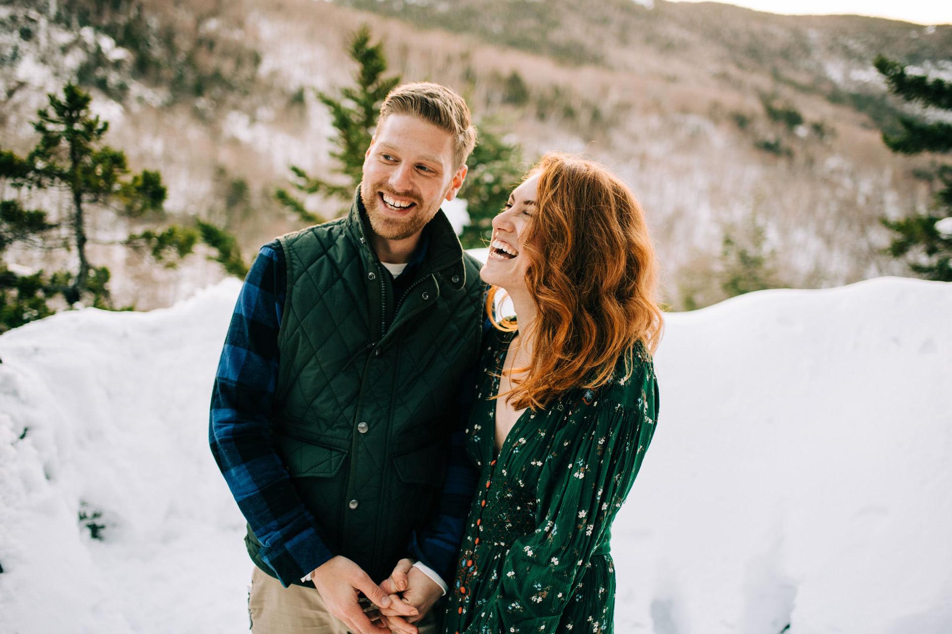 winter-white-mountains-new-hampshire-engagement-09