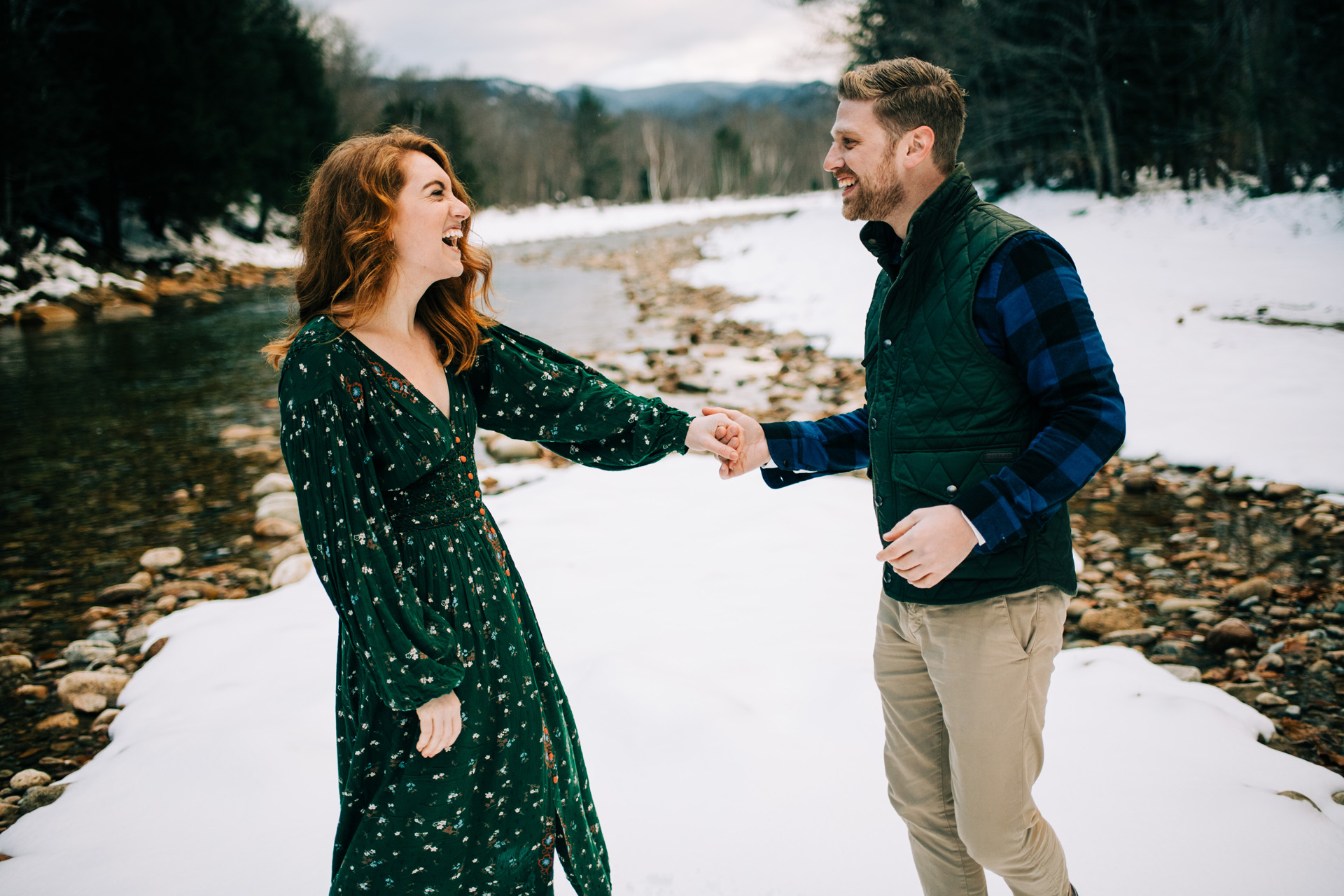 winter-white-mountains-new-hampshire-engagement-16