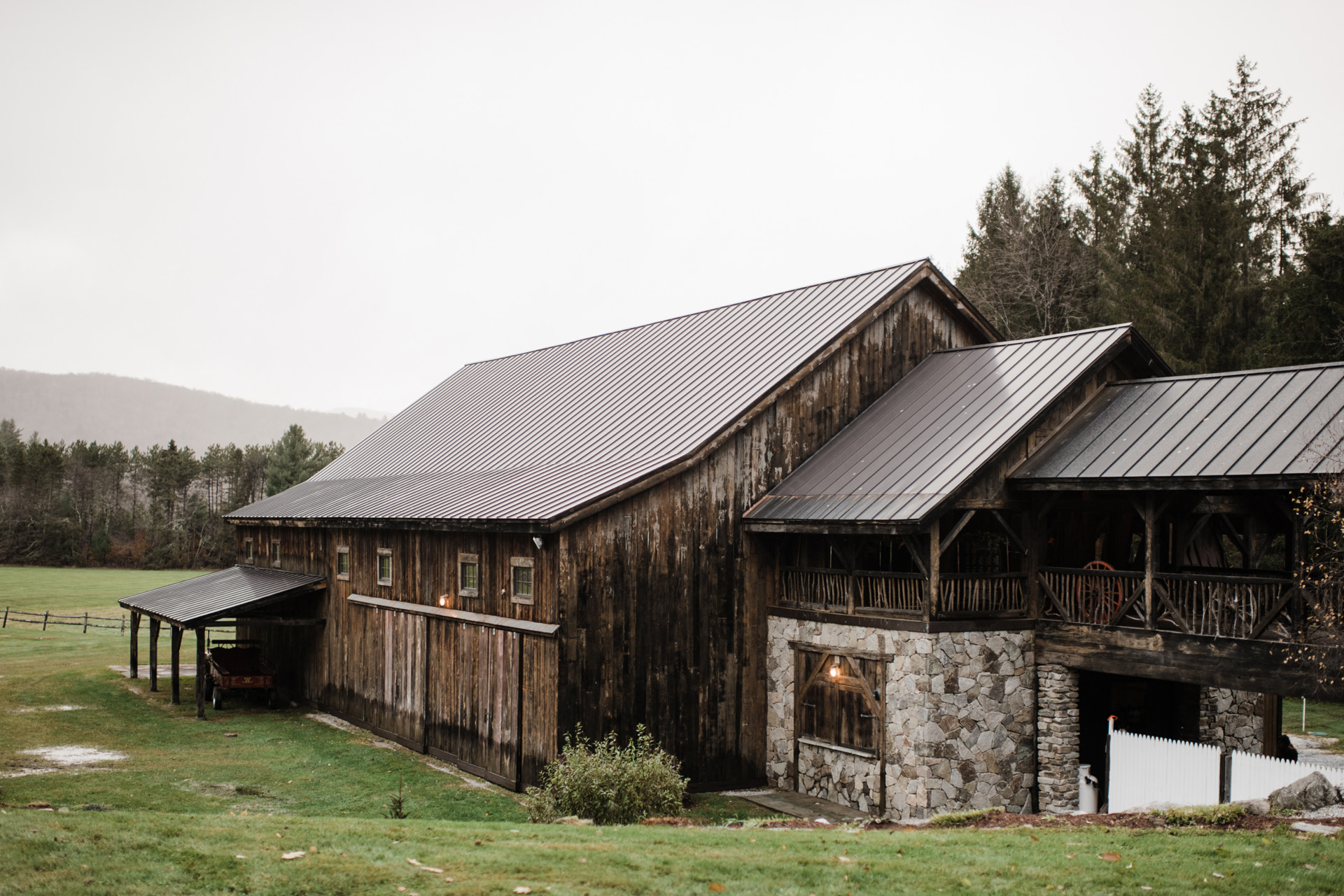 riverside-farm-vermont-wedding-35