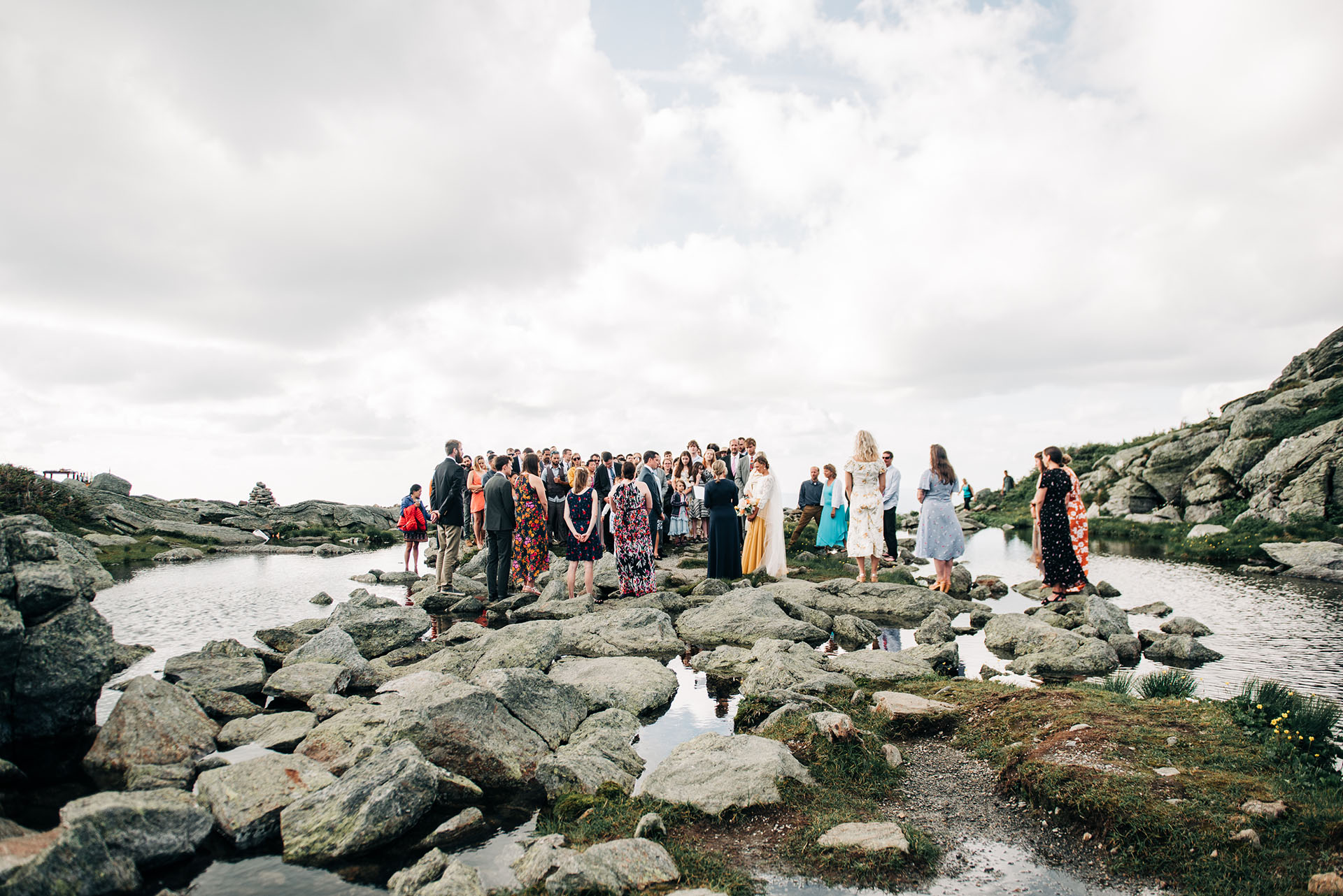 lakes-of-the-clouds-wedding-photographer-067